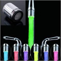 7 цветов цветной светодиодный rgb свет воды светящийся кран головка дешевая домашнее украшение ванной комнаты из нержавеющей стали водопров...