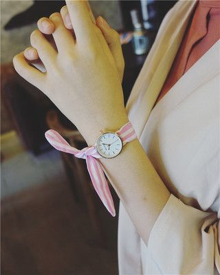 2018 different kinds of fancy watches fashion personality Harajuku Korean fashion men and women students couple wa