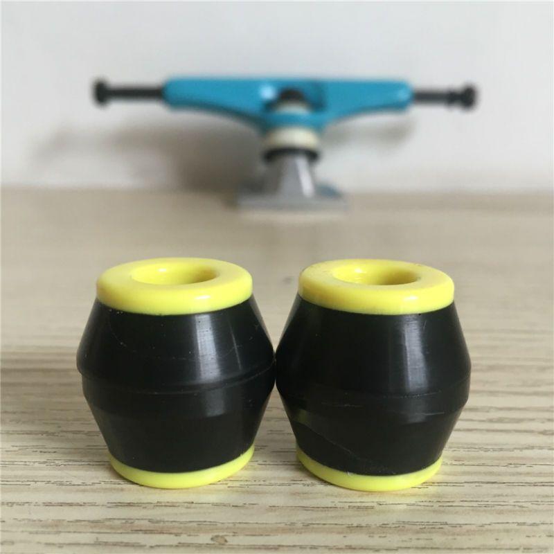 SK8ER bagues de planche à roulettes 86A 90A 95A PU douille Absorbant les chocs pour les accessoires de camions de planche à roulettes avec des écrous d'essieu de tasses de Pivot