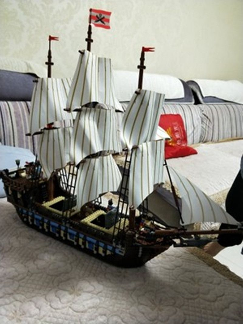 DHL 22001 in Stock Pirate Ship Imperial warships Model Building Kits Block Briks Toys Gift 1717pcs Compatible10210