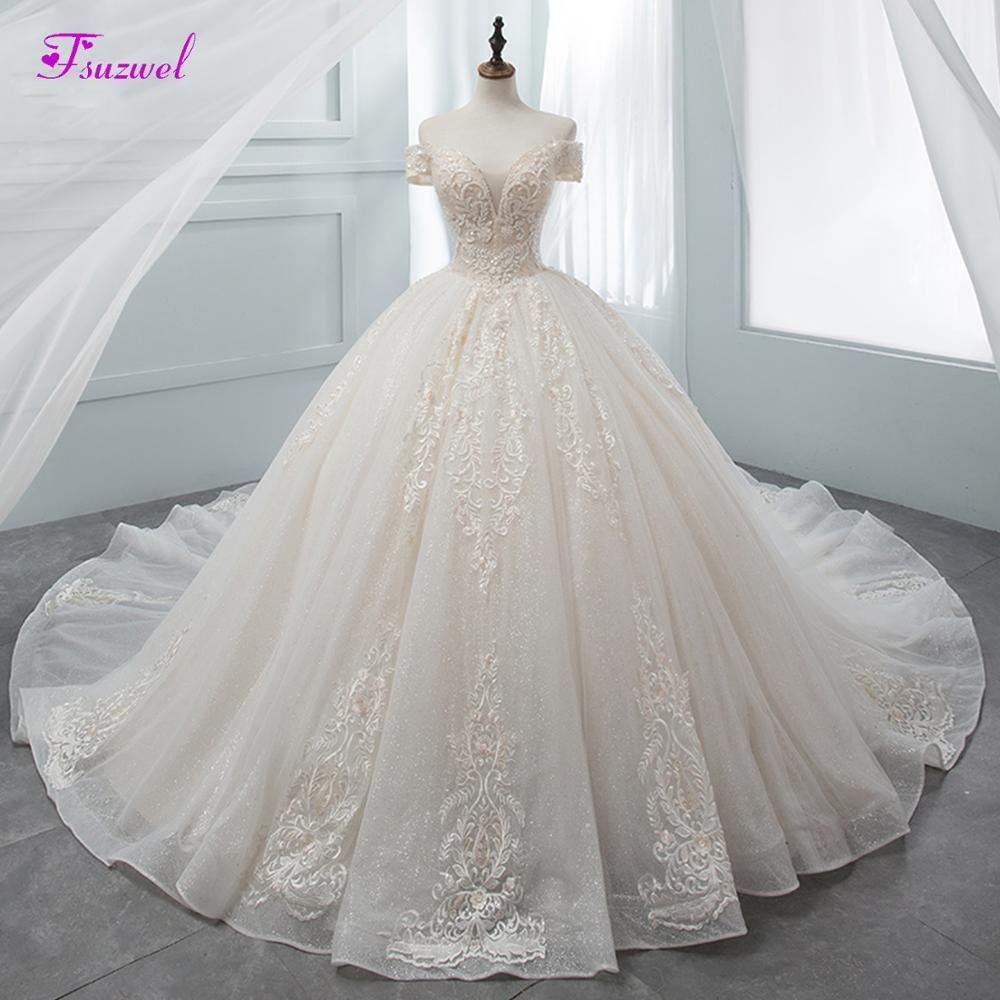Fmogl Wunderschöne Appliques Kapelle Zug Ballkleid Hochzeit Kleid 2019 Luxus Perlen Boot-ausschnitt Prinzessin Brautkleid Vestido de Noiva