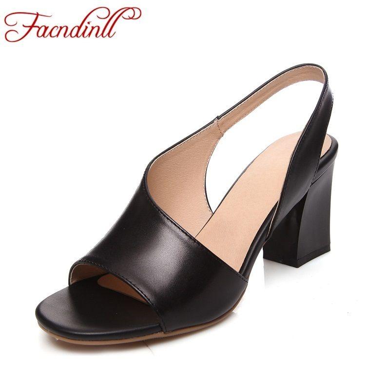 Chaussures d'été 2018 dames tongs femme en cuir sandales en cuir souple décontracté bout ouvert femmes d'été talons hauts chaussures de mariage