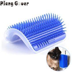 الزاوية فرشاة الحيوانات الأليفة مشط تلعب لعبة القط خدش البلاستيك شعيرات قوس مدلك الذاتي الاستمالة القط هرش