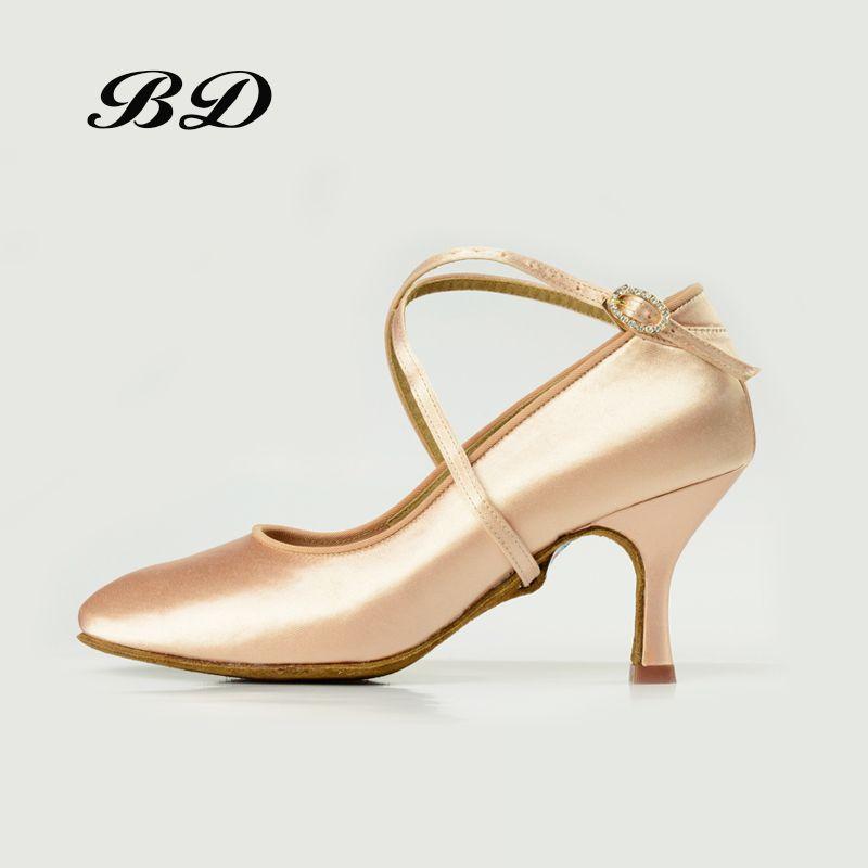 Factory Outlet Top Dance Shoes Ballroom Women Latin Shoes BD 187 Jazz Modern Shiny Diamond Buckle Professional Sports SHOE SATIN