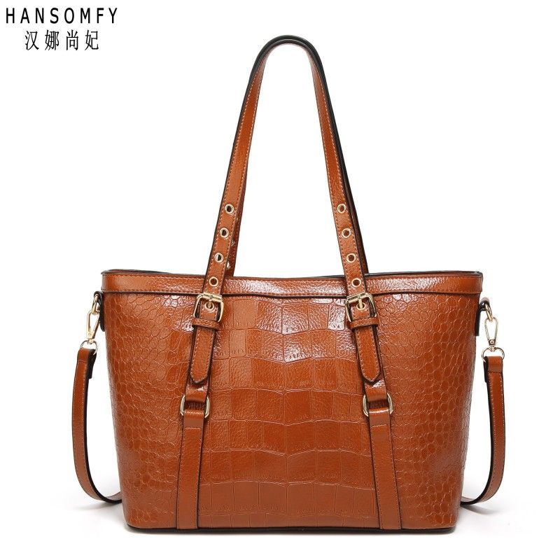 100% Genuine leather Women handbags 2018 New Hot bag Europe shoulder diagonal package fashion crocodile pattern portable bag