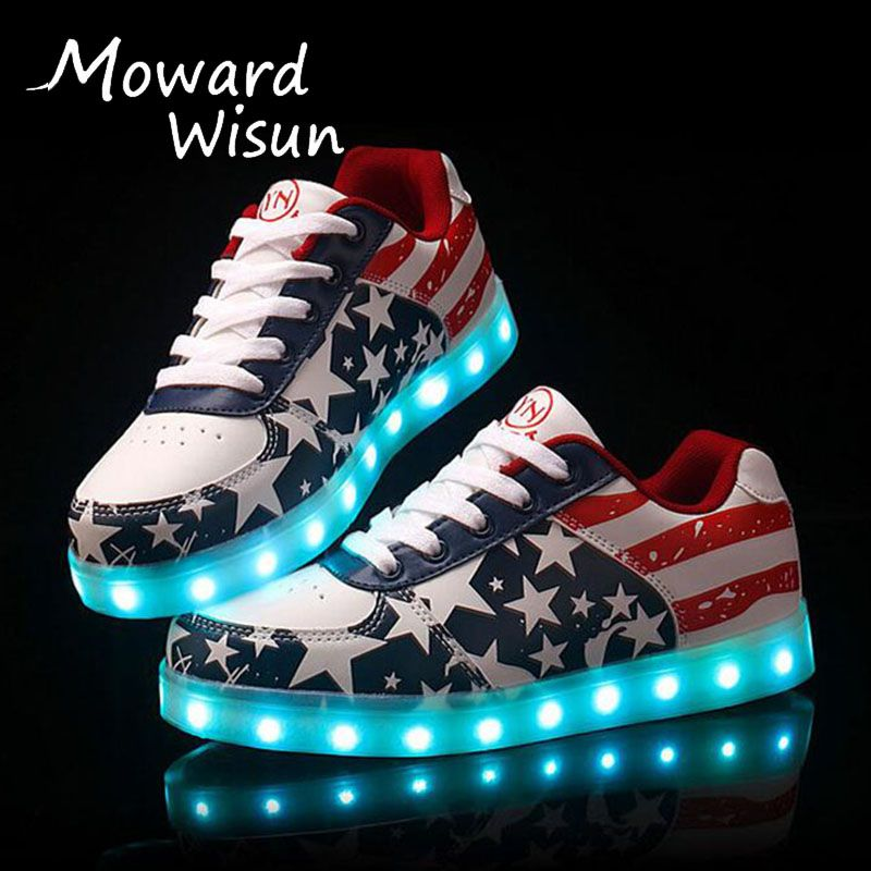 Größe 30-45 Gute Qualität Leuchtende Turnschuhe mit Licht Sohlen Led hausschuhe Leucht Schuhe Freizeitschuhe mit Licht Up Korb Femme 30