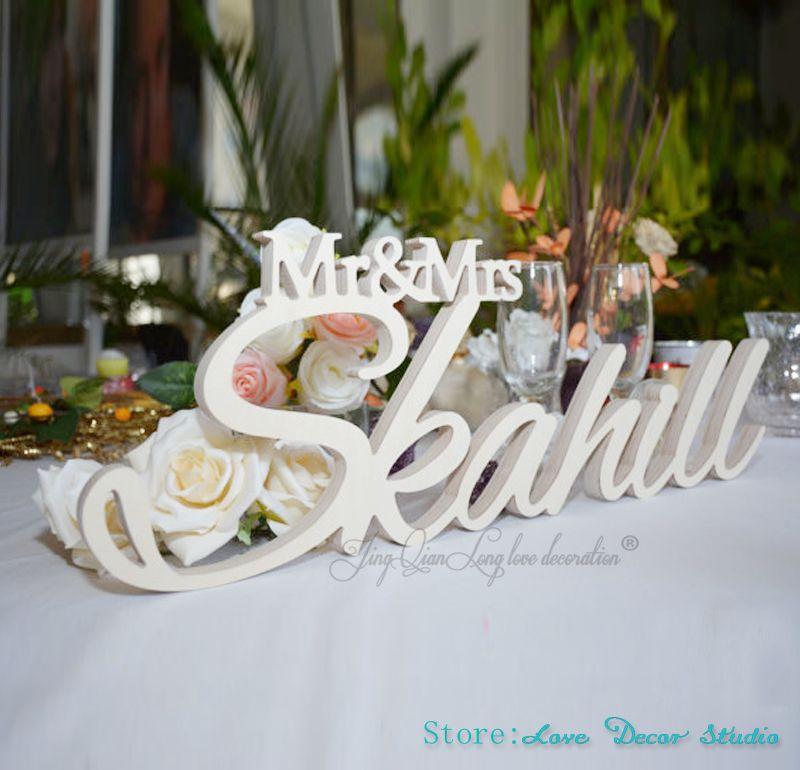 Mr et mme nom de famille Table signe personnalisé signe de mariage Mr et mme signe décoration de mariage