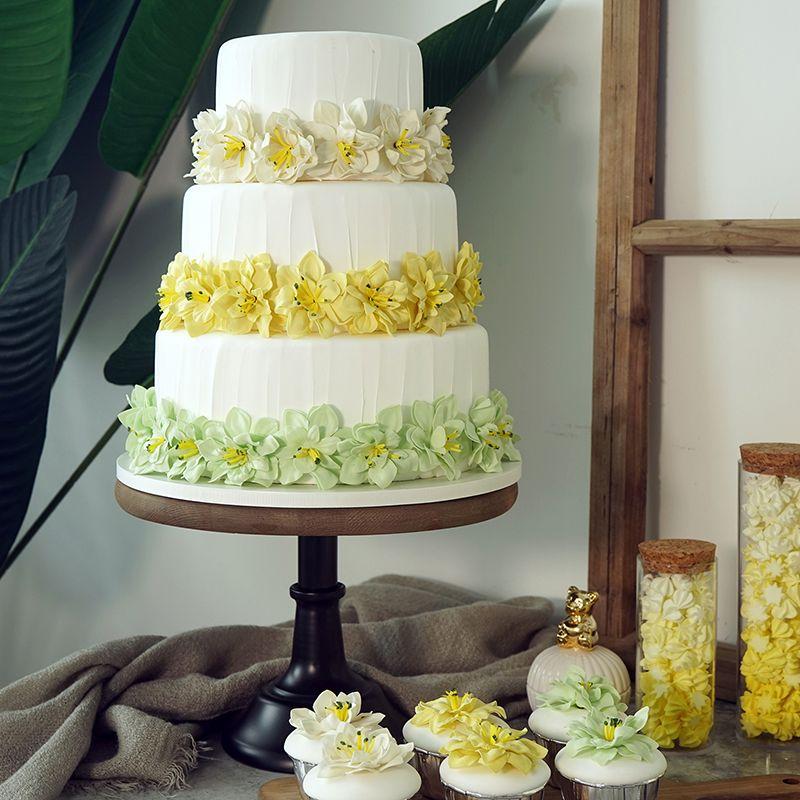 Three-layer simulation cake Wedding dessert fake cake Window decoration high simulation cake model
