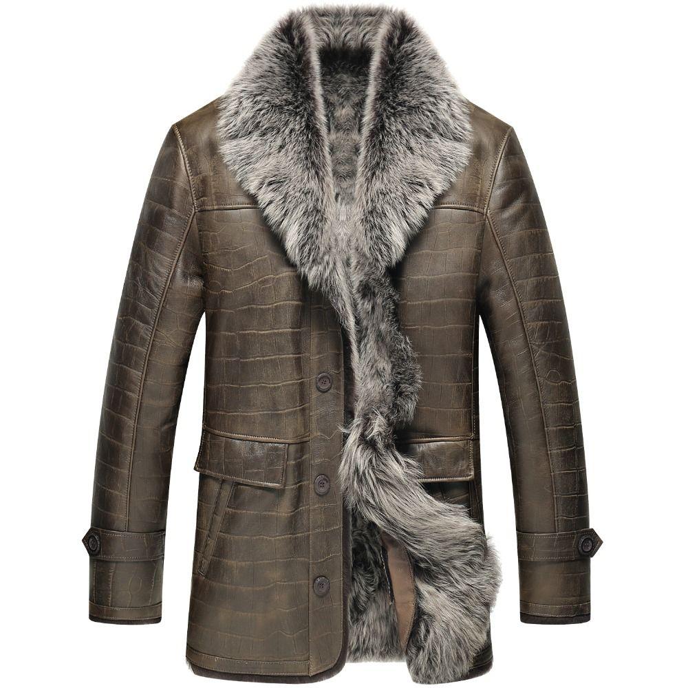 A natural sheepskin jacket.A male coat with long wool lining.A winter sheepskin coat.Leather sheepskin 6062y