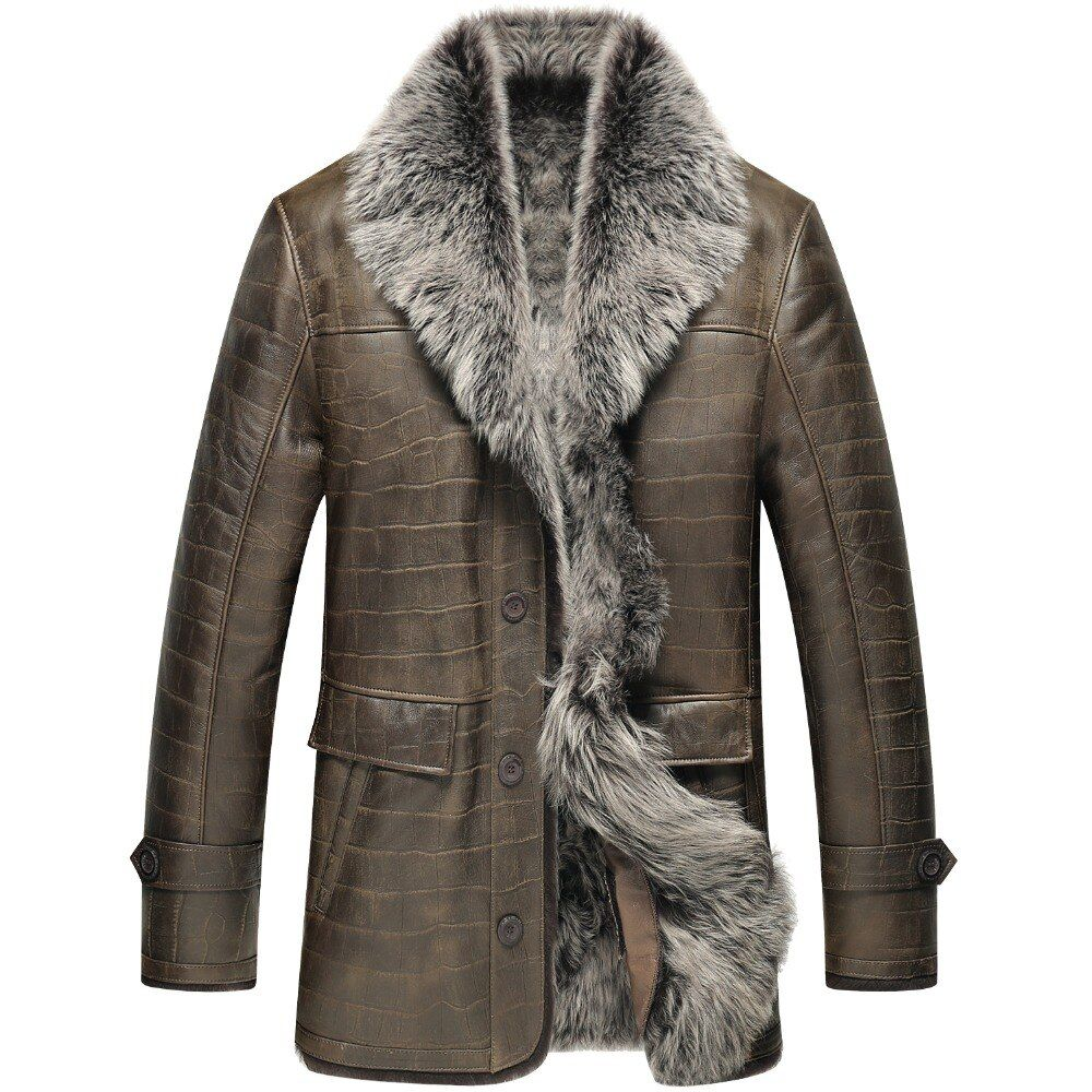 A natural sheepskin jacket.A male coat with long wool lining.A winter sheepskin coat.Leather sheepskin 6062y