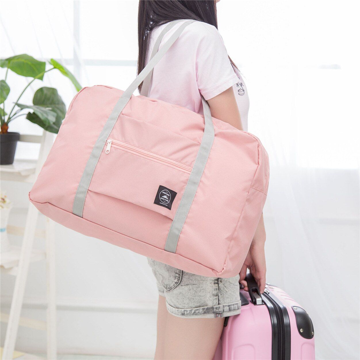Travelling Gym bags Portable Female Folding Storage Sport Bag Large Capacity  Women Fitness Bag Male Tie Case