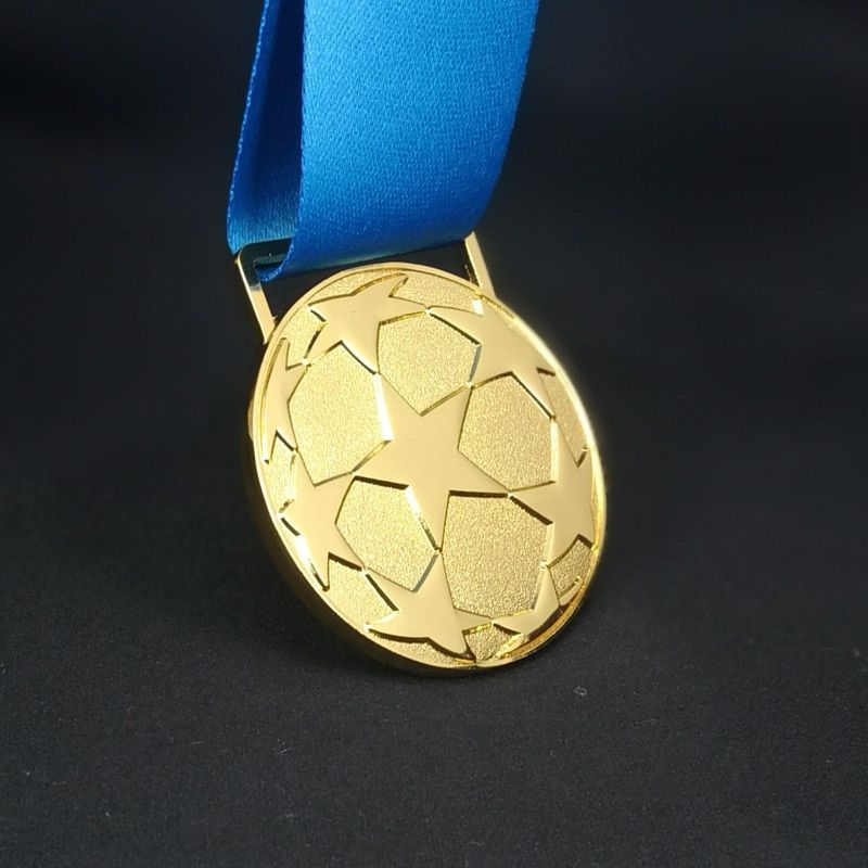 Madrid 2018 European Football League Champions Best Clubs' Cup Gold Medal Replica Soccer Fans Metal Medaille Keepsake Collection