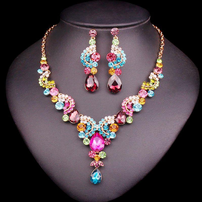 De luxe Multi-couleur Cristal Ensembles De Bijoux De Mariage Costume Party Accessoires Indien Boucle D'oreille Collier Ensembles pour les Mariées Femmes de Cadeaux