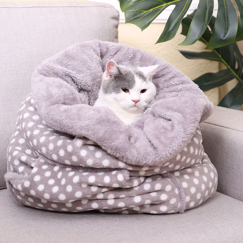 Multi Purpose New Design Pussy Nest Kennel Coral Fleece Pattern Pet Drawstring Design Warm Thick And Comfortable Kitty Cushion
