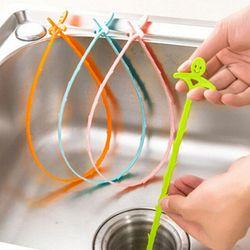 1 PCS Nouveau Sourire Visage Drain Cleaner De Nettoyage Outils Accessoires de Cuisine Tuyau D'égout Blocus Drain Buster Plongeur Crochet Bouché