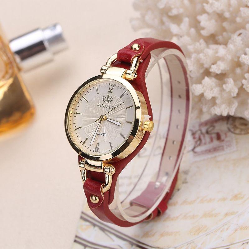 Fashion Brand Casual Quartz Watches For Women Rivet Thin Leather Strap Wrist Watches Ladies Gold Wristwatch bayan kol saati