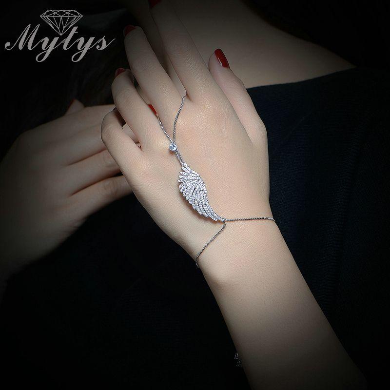 New Fashion Slave Bracelet White Gold Color White Clear Crystal Palm Bracelet Connected Finger R1102