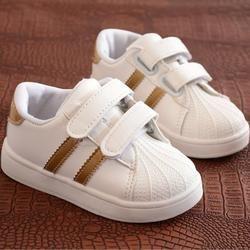 Niños Zapatos Niñas Niños deporte Zapatos antideslizante Soft bottom niños bebé Sneaker plano ocasional sneakers blanco Zapatos tamaño 21- 30
