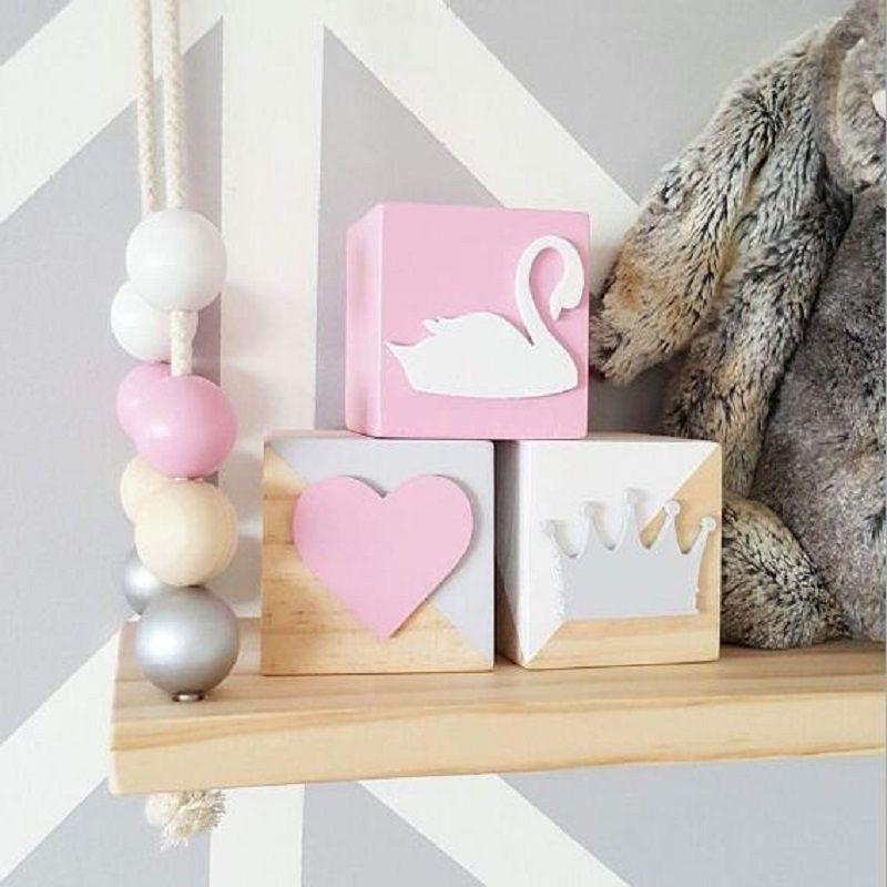 Original pin en bois cygne couronne coeur bloc (6*6*6 CM) décoration pour bébé chambre décalque chose bébé chambre mignon décoratif