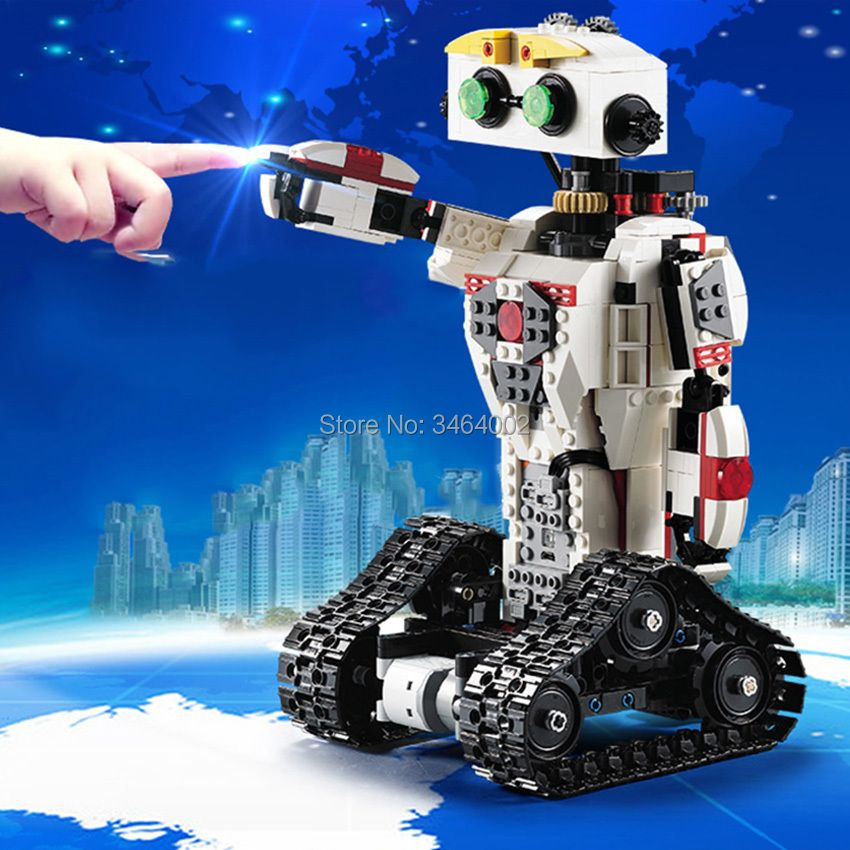 710pcs DIY RC Robot Building Blocks 2-in-1 Transform Lithium battery 3pcs Motor Bullet Compatible Legoes Brick Gift for Teenager