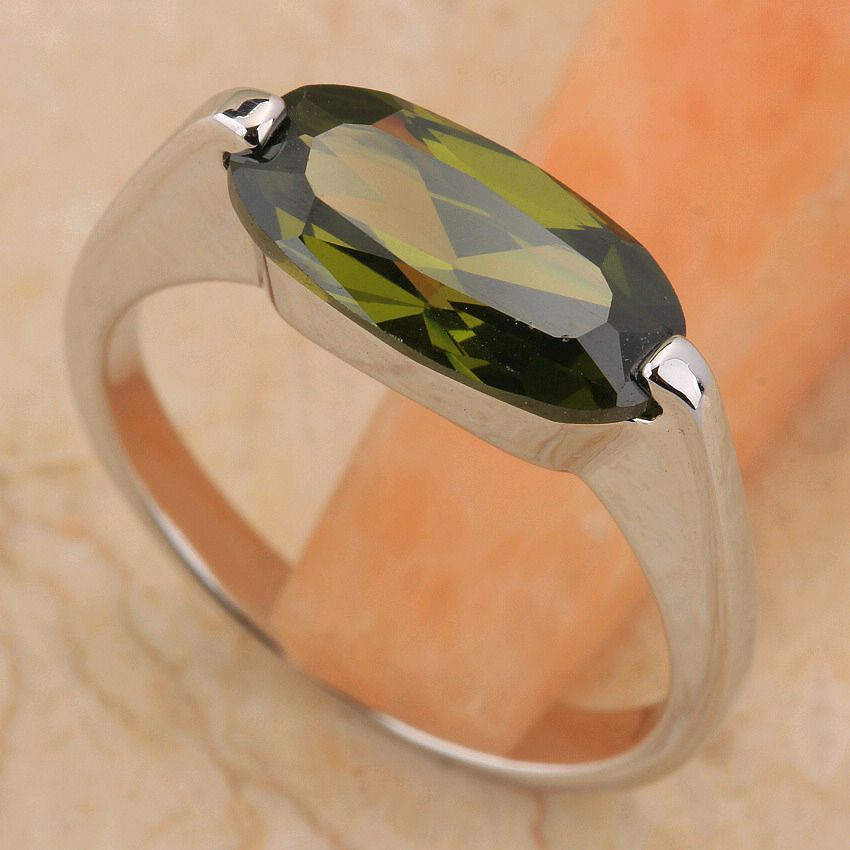 Péridot Olivine sans prix 6*12mm pierre Semi-précieuse argent Cool pour les femmes bague T6521