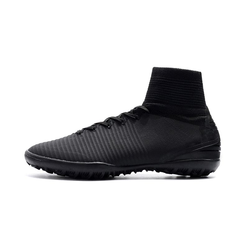 Football Shoes For Men Outdoor Hard Court TF Brand Man's Soccer Boots Breathable Black Sports Shoes Sneakers Chuteira Futebol