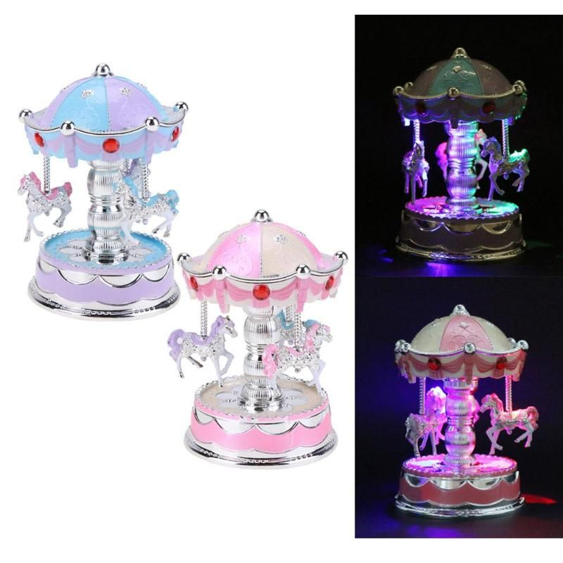 Wooden Romantic Crown Music Box Emitting Clockwork Carousel Horse Music Box Christmas Wedding Birthday Gift Box Decor