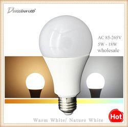 Lampu LED E27 110V 220V Kecerahan Tinggi LED Light 5W 7W 9W 12W 15W 18W Kamar Tidur Ruang Tamu Lampu LED Rumah Lampu Dekorasi Rumah