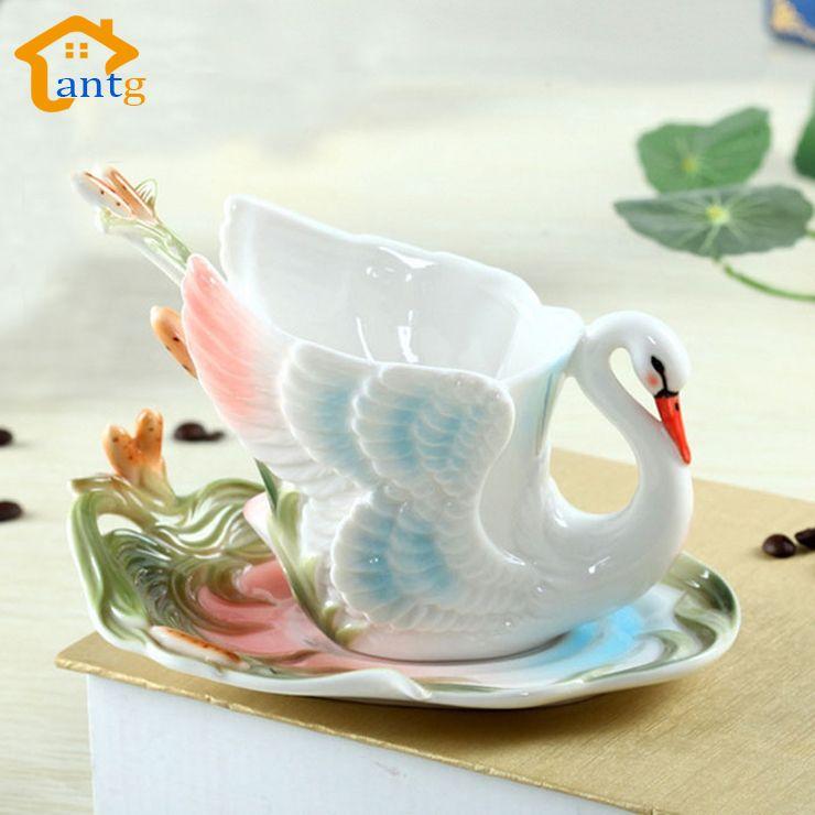 Tasse à café Swan tasse en porcelaine émaillée colorée avec soucoupes et cuillères à café de vacances se marier cadeau créatif livraison gratuite