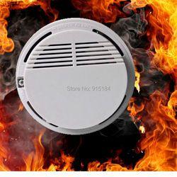 1 قطع حار بيع مستقر كهروضوئية كاشف لاسلكي عن الدخان عالية الحساسة النار جهاز استشعار إنذار لمراقبة نظام الحماية المنزلي