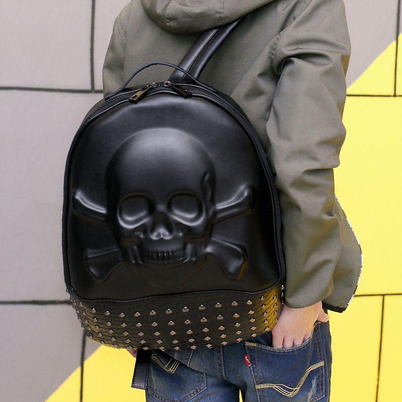 Men Backpack Rivet 3D Fright Skull Emboss Shoulder Bag Travel Backpack Restore Halloween Cool Leather Bags