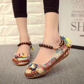 2018 New fashion Women Ethnic Lace Up Beading Round Toe Comfortable Flats Colorful Loafers casual embroidered cotton shoes