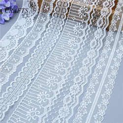 2018 Global Hot Sale 10 yards beautiful white lace ribbon European lace fabric lace sew embroidery dress accessories