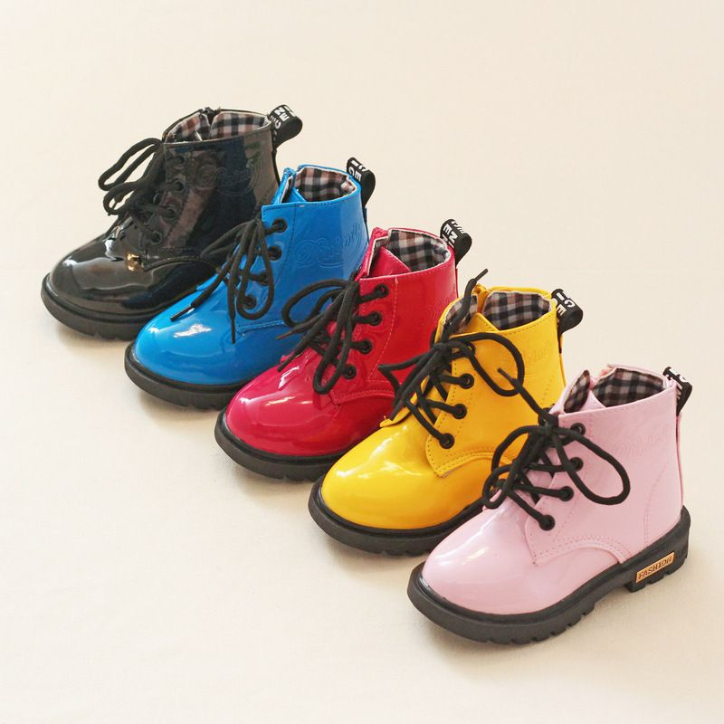 Vente chaude D'hiver Enfants Martin Bottes PU Cuir Imperméable Enfants Neige Bottes Marque Garçons Bottes En Caoutchouc De Mode Filles Sneakers
