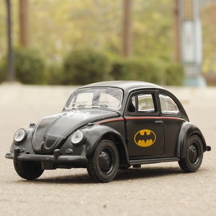 1:36 игрушечный автомобиль Beetle классический модель сплава литья под давлением игрушечных автомобилей мультфильм автомобиль Бэтмен игрушки ...