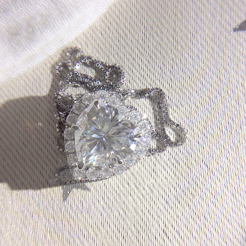 Genuine 18K 585 White Gold DF Color 2ctw 8.0mm Test Positive Heart Cut Moissanite Diamond Pendant Necklace For Women