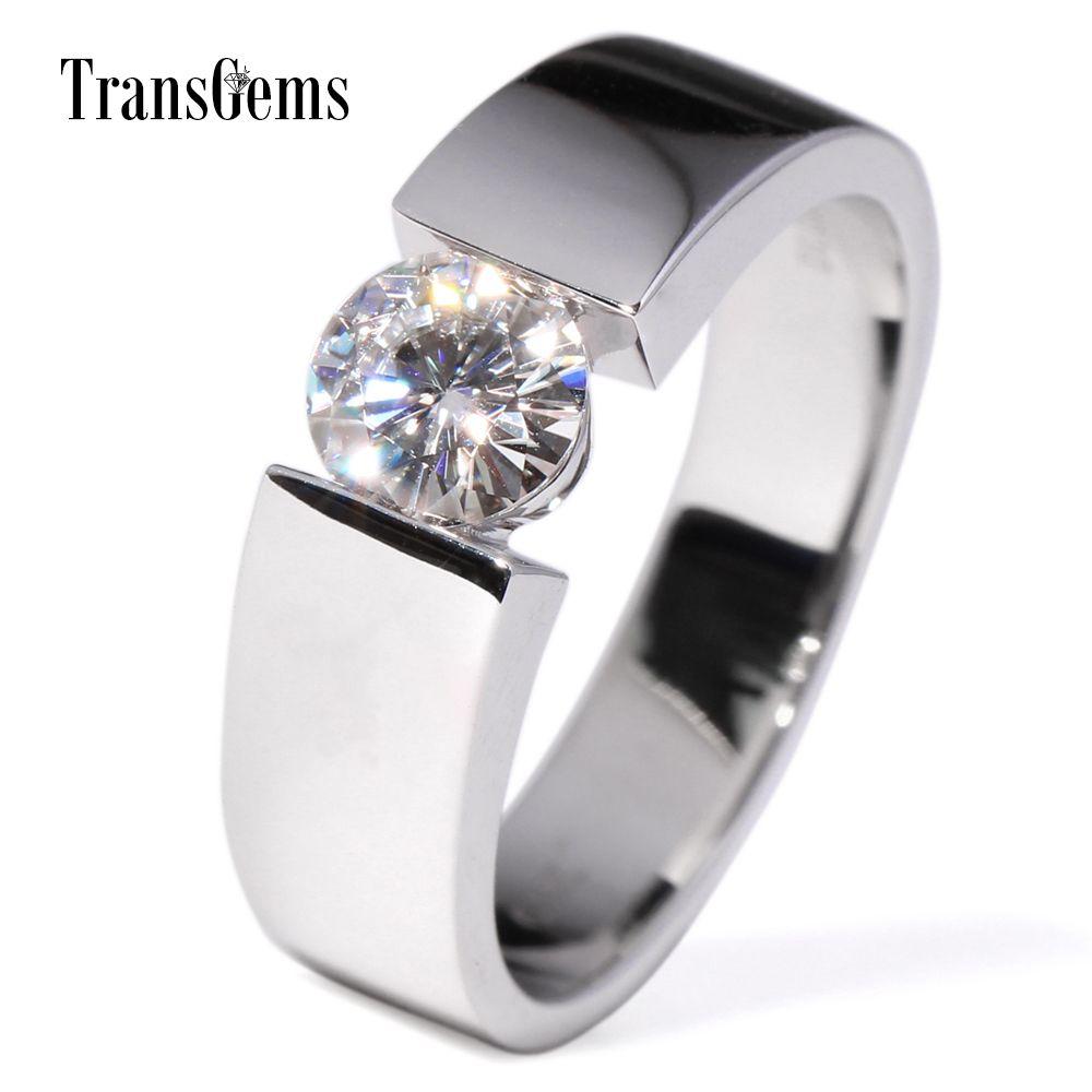 TransGems 1 Carat Lab Grown Moissanite Diamant Solitaire Hochzeit Band 14 karat Weiß Gold Engagement Ring für Männer und Frauen liebhaber