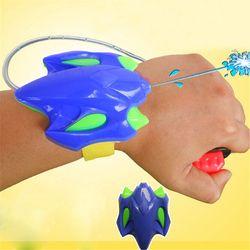 fashion Intelligent Children Favorite Summer Beach toys Educational Water Fight Pistol Swimming Wrist Water Guns boy gift