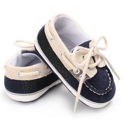 2017 otoño bebé Zapatos primer caminante Encaje-up camiseta atado de color sólido niño ocasional Zapatos no parte inferior suave antideslizante caliente Zapatos