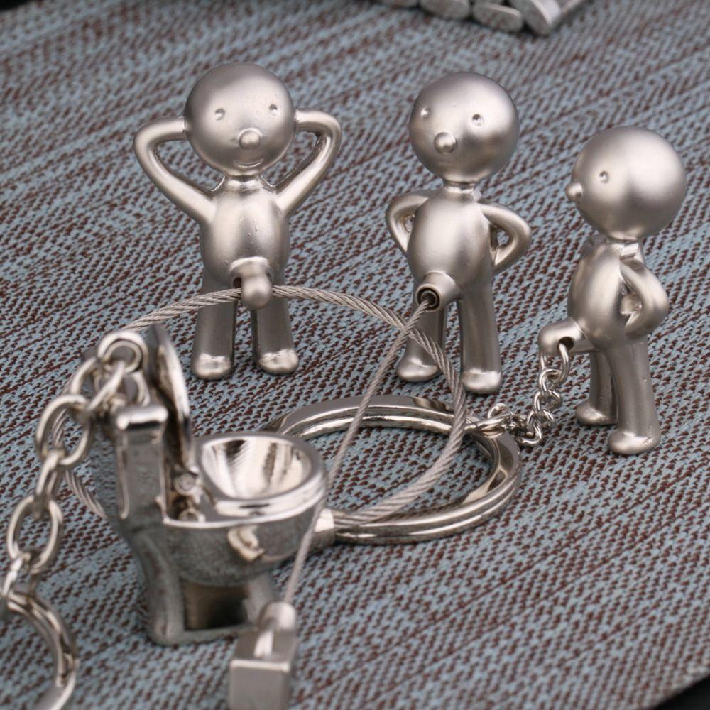 1 paire Closestool clé de voiture chaîne Drôle Matal Pee Boy Toilettes Porte-clés CPAM Clé anneau Cadeau