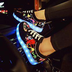 Светящиеся кроссовки с подсветкой женские кроссовки со светящейся подошвой для девочек обувь с подсветкой светодио дный zapatillas LED EU 27-44