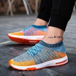 Utama Mendorong Tren Merek Sepatu Murah Pria Sepatu Musim Panas Fashion Zapatilla Hombre Bernapas Slip-On Ringan Sepatu Kasual