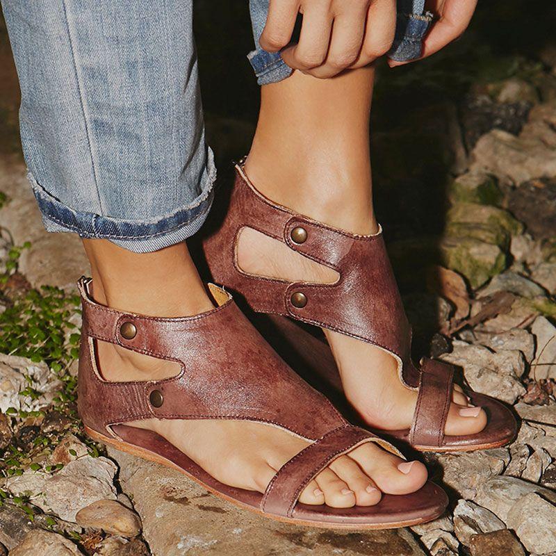 Women Sandals Soft Leather Gladiator Sandals Women Casual Summer Shoes Female Flat Sandals Zip <font><b>Plus</b></font> Size 35-43 Beach Shoes Women