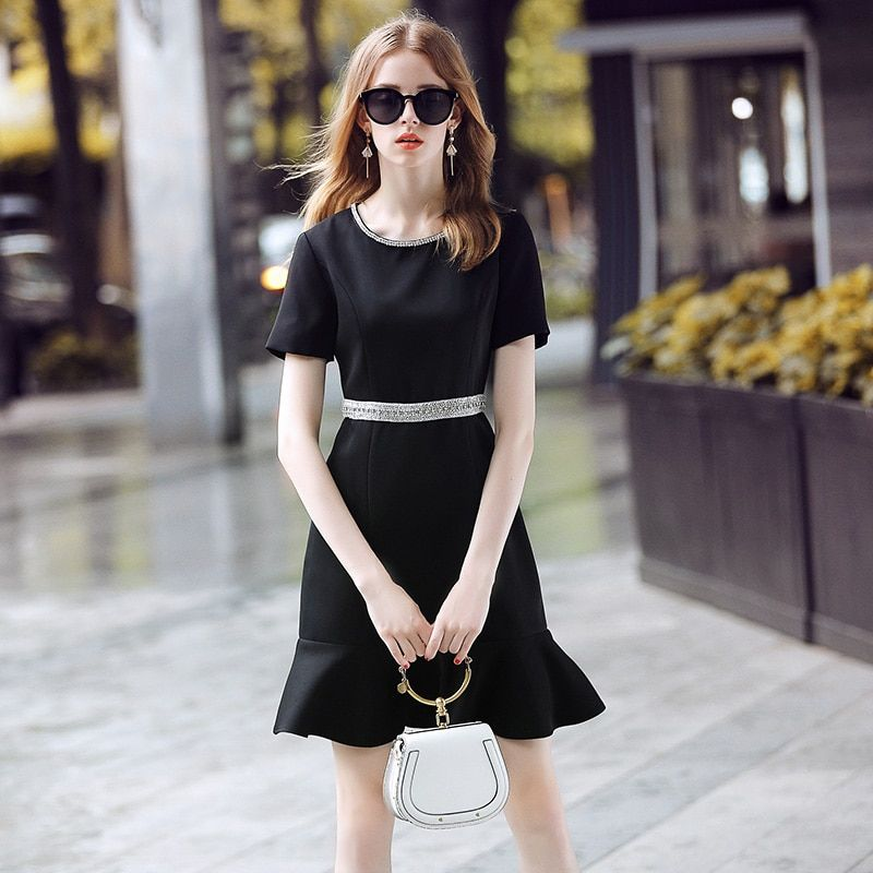 Ladies Women Dresses vintage Runway 2018 Diamonds Beading diamonds ruffles black short Elegant See Through Dress Mini Dress