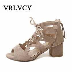 Womens sandalias verano 2018 las mujeres atractivas bombas abren el dedo del pie atan para arriba las Sandalias Mujer Sandalias gruesas con zapatos de las mujeres tacones altos