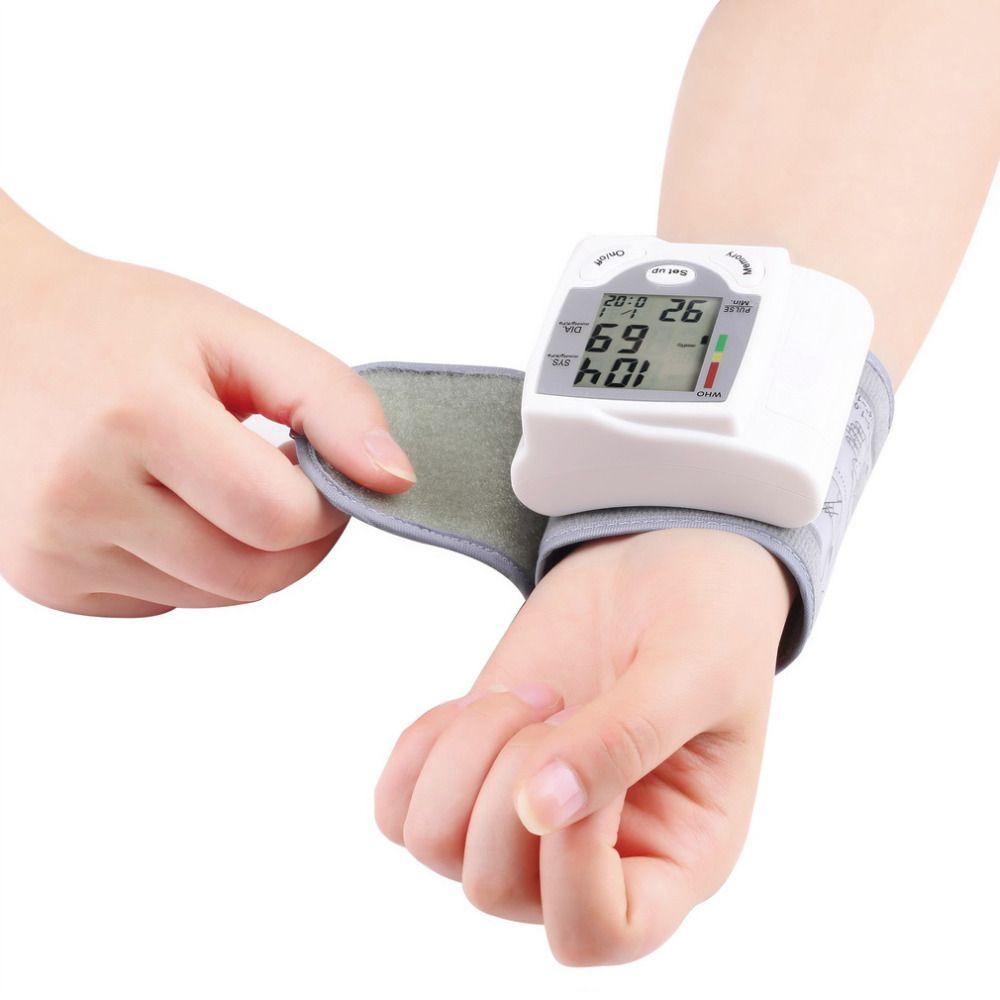 2017 Health Care Digital LCD Wrist Blood Pressure Monitor Heart Beat Rate Pulse Meter Measure Hot Sale