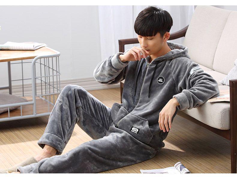Mode Neue Winter Männer Bekleidung Pyjamas Sets Erwachsene Tasten Feste Langärmelige Korallen vlies Nachtwäsche Homewear Kleidung Warme