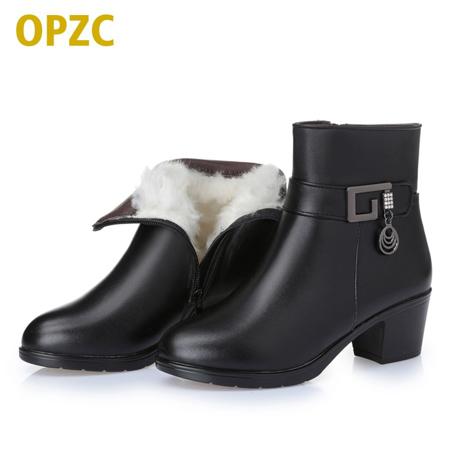 2018 new winter thick wool lined genuine Leather women snow boots, large size 35-43 # mother warm boots, free shipping