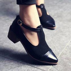 2018 Vintage Oxford zapatos mujeres punta estrecha recortable Med talón Patchwork hebilla damas zapatos WFS112