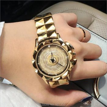 2019 New Women Watch Stainless Steel Watches Lady Shining Rotation Dress Watch Big Diamond Stone Wristwatch Lady Rose Gold Watch